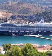 TUI Cruise Ship Sails for Piraeus Port After Crew Tests Positive for COVID-19
